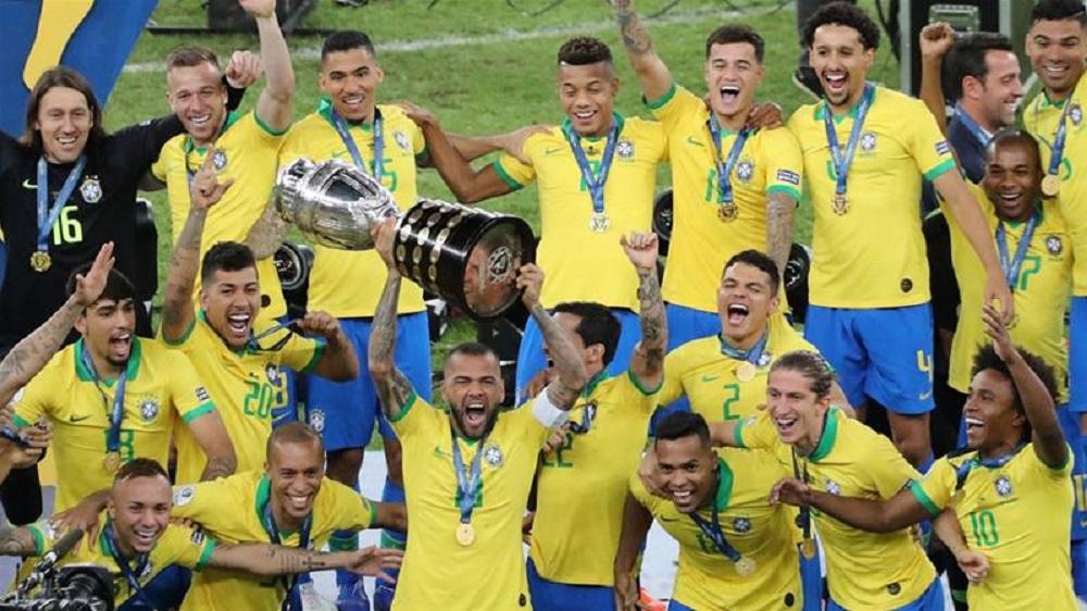 Thiago Silva Bids Goodbye To Paris Saint Germain