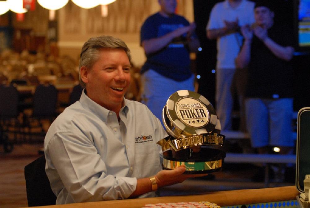 Poker Legend Mike Sexton Passes Away On Sunday